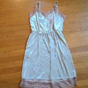 Madison & Berkeley Blush Pink Velvet Slip Dress L
